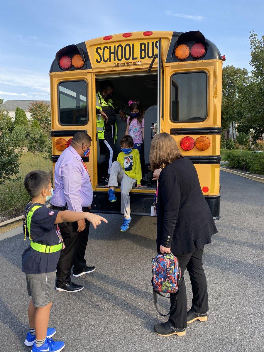 HAPPENING NOW: Fleet students practice school bus safety evacuation. <a target='_blank' href='https://t.co/PaSO76SjTK'>https://t.co/PaSO76SjTK</a>