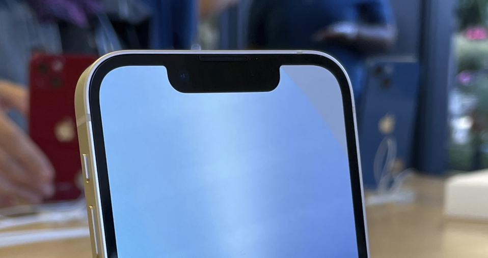 Expensive iPhone 13 Face ID Problem Is Apple's Plan For iPhone 14, Says Expert