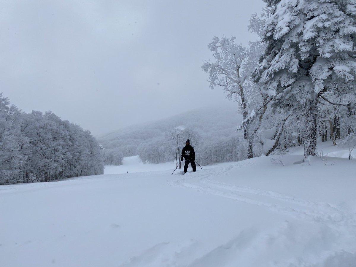 21雪山フォト 1 山形蔵王 2 妙高 3 湯沢 4 白馬三山 #ski #snow #japow #winter