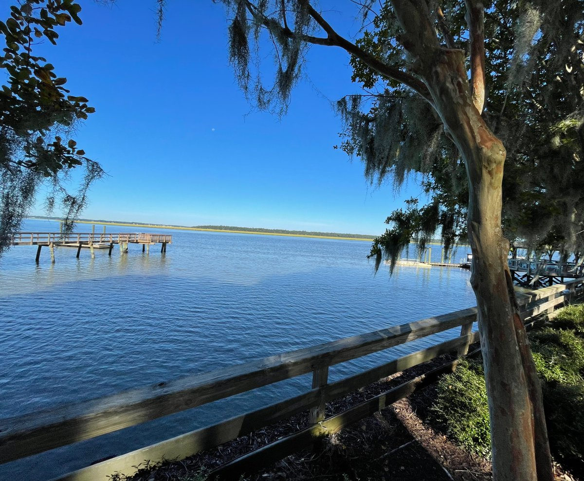 The bluest view 🌊 . . . #nofilter #communitydock #views #ColletonRiverClub #hereforyou #community #southcarolina #lowcountry #gorgeous #views #river #peninsula #family #friends #lifestyle #private #peninsula #water #coastallife #nature #golf #home #lifeonthewater #cheers