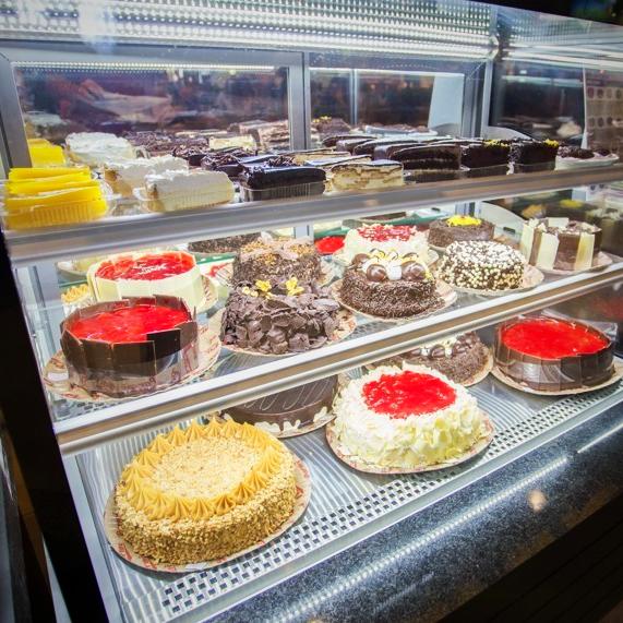 Verdadeiro Significado de tanto faz!🍰 ⠀ Passe em uma loja Parmê e peça o seu docinho preferido! Se preferir Peça online :  ou encomende pelo telefone.   #tortas #chocolate #bolos #torta #doces #brigadeiro #bolo #instafood #takeaway