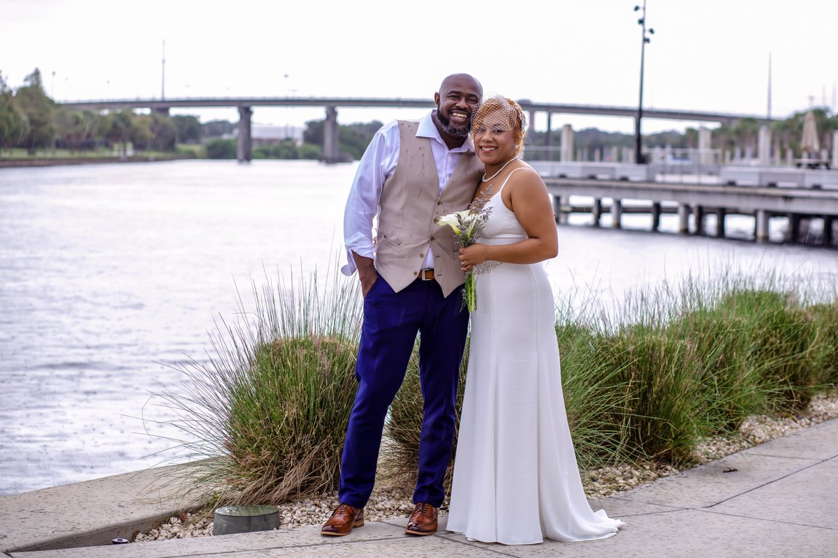 You can never let a little Florida rain get in your way!  From downtown courthouse parking to #Uleles and a photo shoot on the #tampariverwalk, we found a way! #determination #weddingphotographer #tampaweddingphotographer #floridawedding #wedding #floridaweddingphotographer