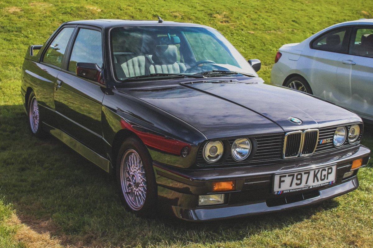 E30 M3 in the same colour as my e36 😍 • #bmw #bmw3series #bmwm #bmwm3 #e30 #car #carphoto #e30m3 #automotive  #bmwfan #bmwperformance #bmwpower #bmwlife #bmwlove #cars  #90s #retro #cool #iconic #driving #motor