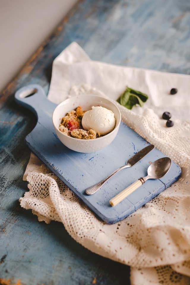 Combinaciones deliciosas y perfectas con helados Jijonenca 😋 … #Jijonenca #helados #IceCream #heladosArtesanos  #food  #postres #yummy  #happy