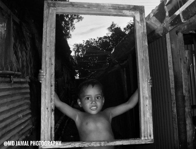 in Bangladesh Rohingya Refugees camp 📷 #MdJamalPhotography #photojournalism, #rohingyaphotography #StreetRohingya  #Rohingya #children @hrw #photography  #PhotographyIsArt   #streetphotography