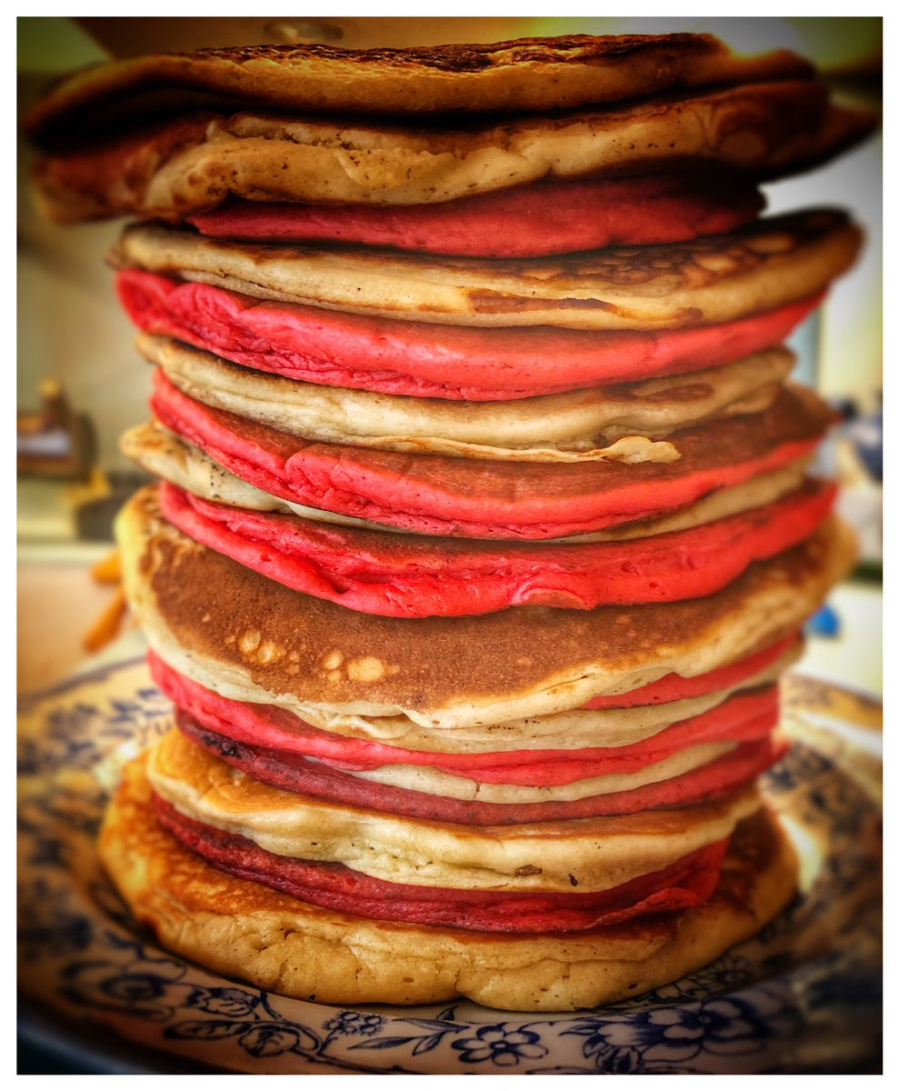 In addition to mixing some Avant Garde #music , been mixing some other ingredients in the Sonic Cuisine. #mixengineer #cooking #pancakes #wesismore #yummy #foodie