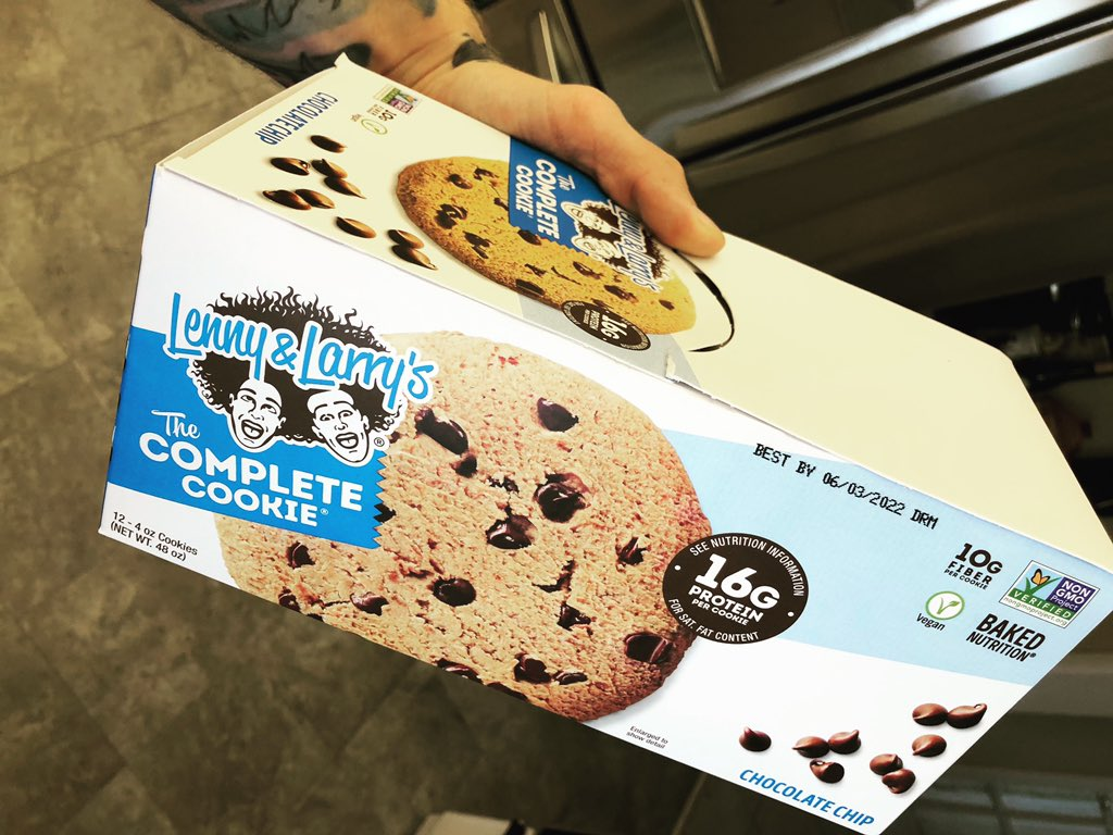 Avoid junk food cravings with these bad boys! #cookie #protein #health #healthy #lennyandlarrys #popeyes #foodwise #food #yummy #chocolate #chip #gains #strength #smart #twitch #stream #streamer #streams #streaming