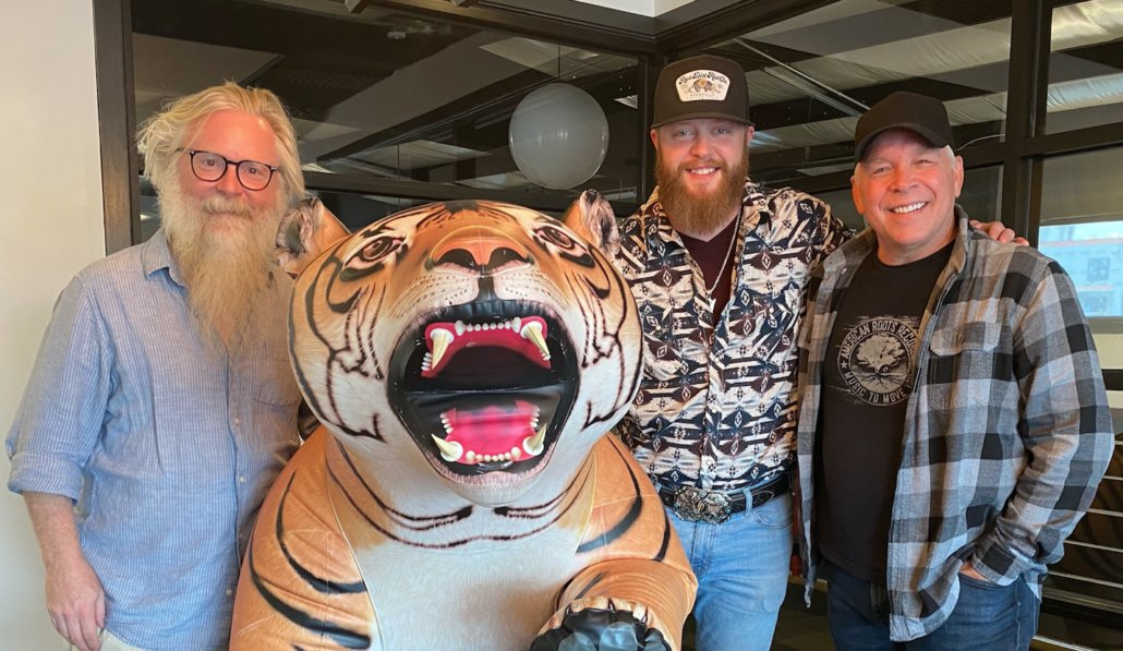 Thirty Tigers, American Root Records Partner With Jacob Bryant For Upcoming Album  #music #country #nashvillemusic