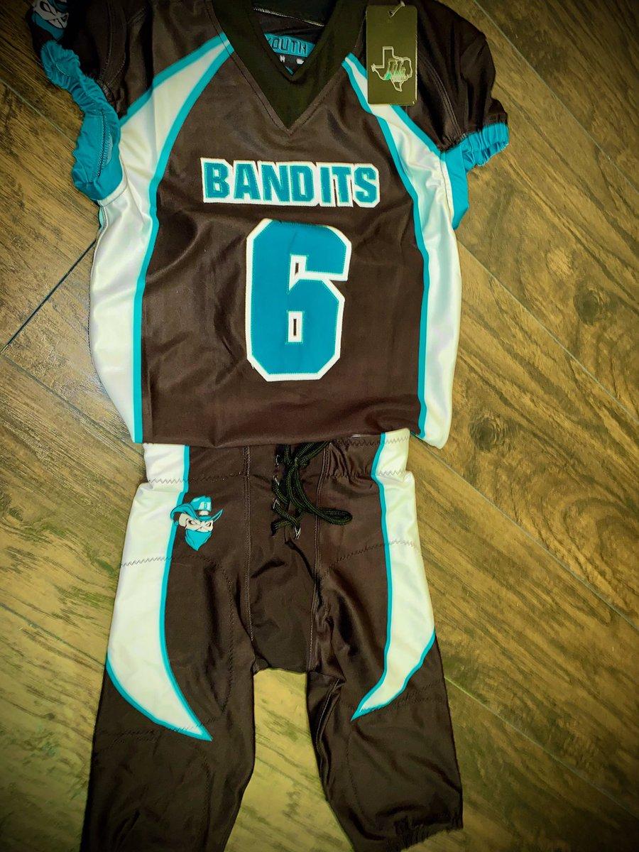 🔥 🔥 🔥 🔥 new unis new season. #Bandits #Family