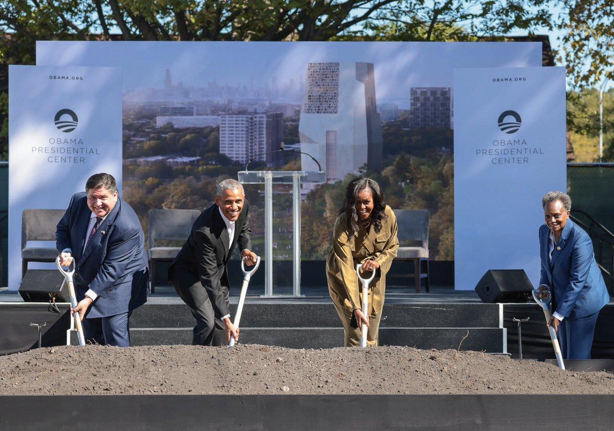 Congratulations @BarackObama and @MichelleObama! Looking forward to visiting.