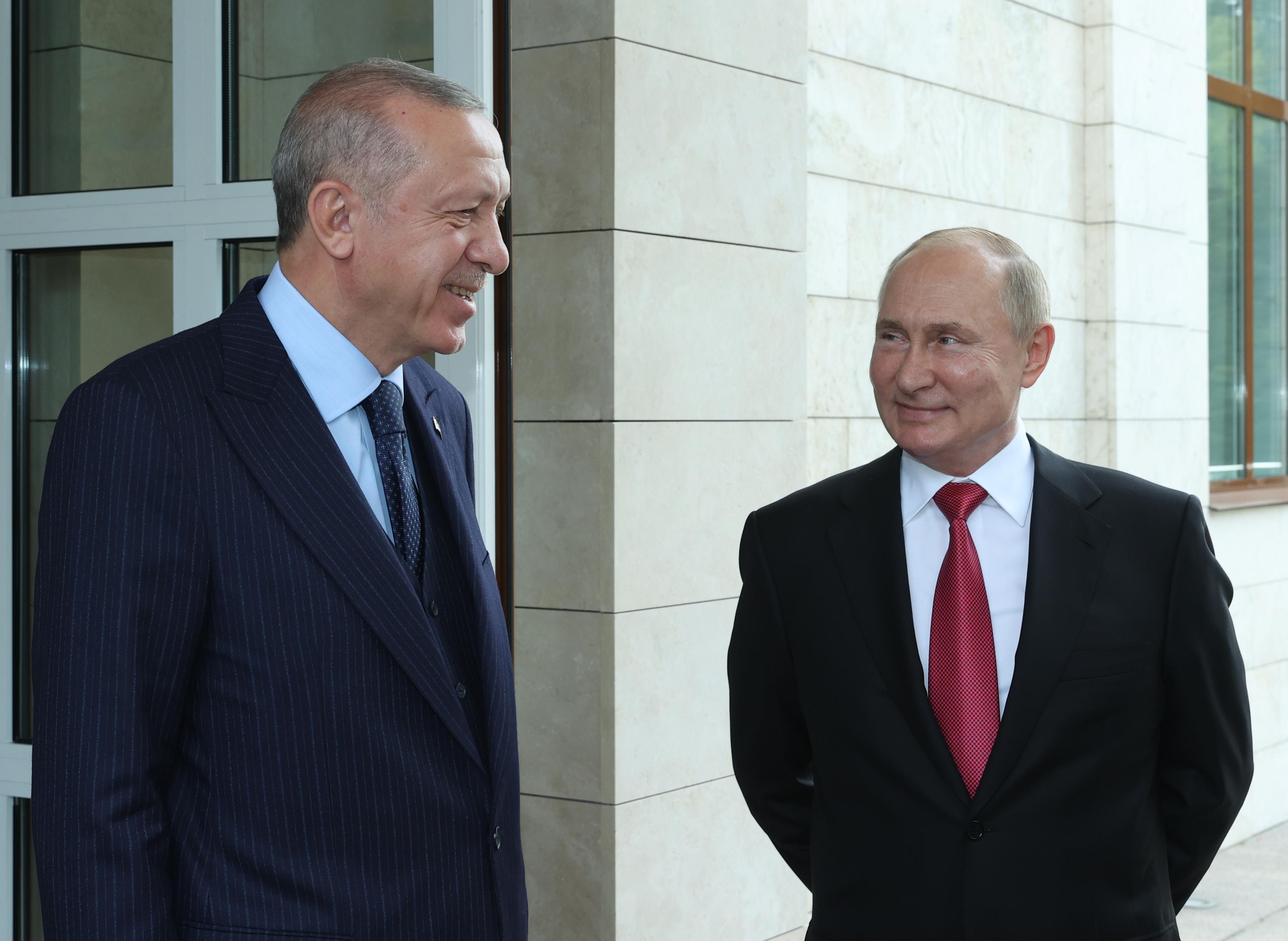 Rusko-Turski summit u Sočiju: Na stolu Sirija, Libija, Afganistan, Kavkaz i Balkan FAdZUuQWEAUFfjl?format=jpg&name=4096x4096