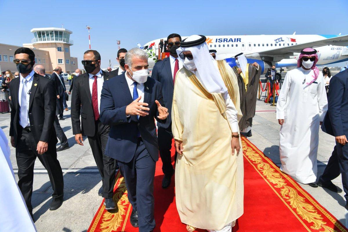 قبل لحظات: وزير الخارجية البحريني عبد اللطيف الزياني يستقبل وزير الخارجية