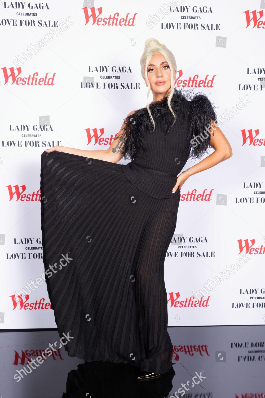 Lady Gaga - Σελίδα 30 FAj_hETX0AcMrGp?format=jpg&name=large