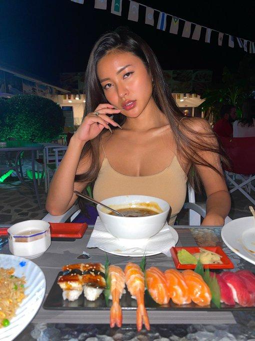 Asian food is on table https://t.co/Gn34htA6DE