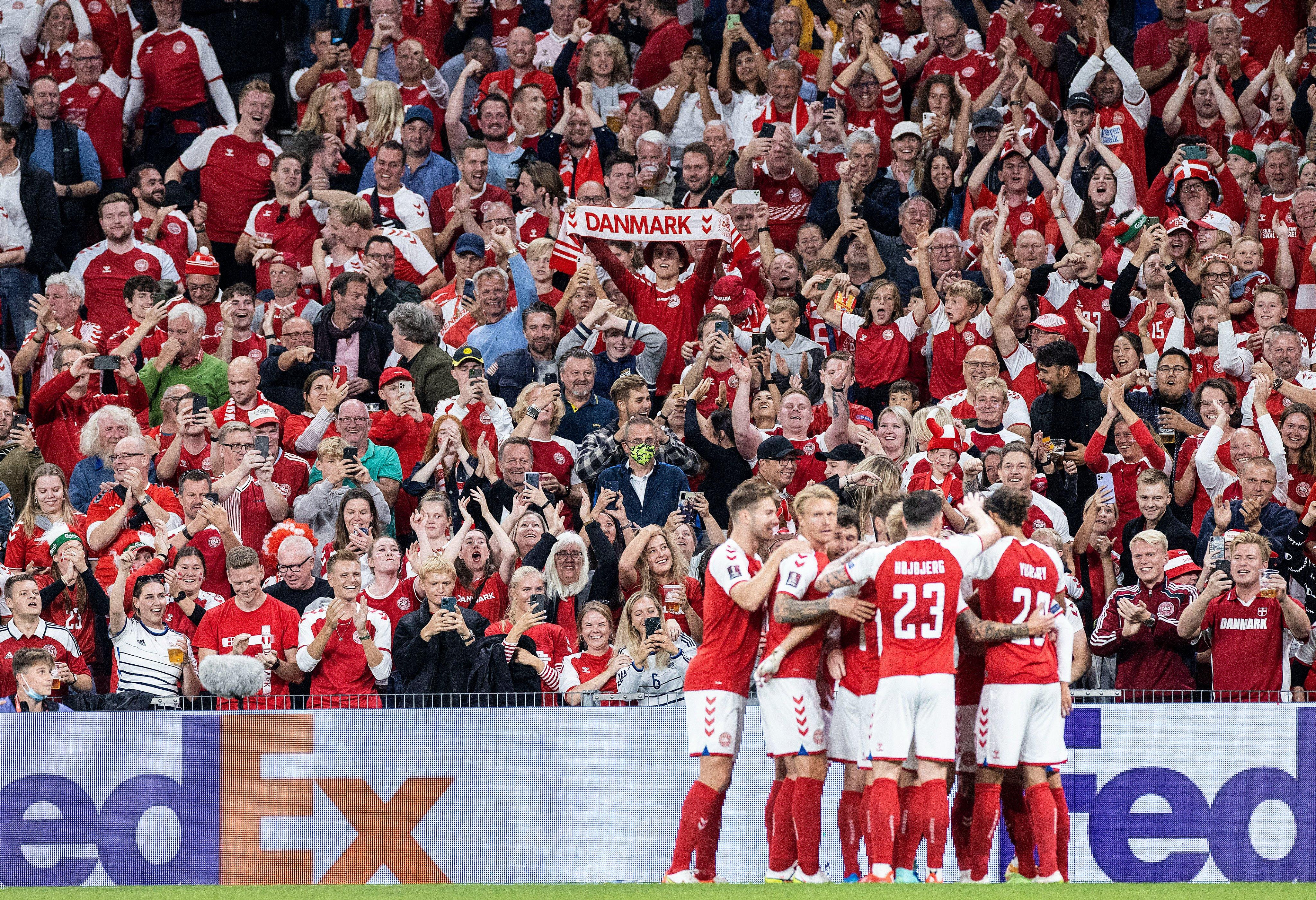 Отбор к ЧМ. Дания - все остальные– 26:0, Мактоминей принёс Шотландии важнейшие 3 очка - изображение 1