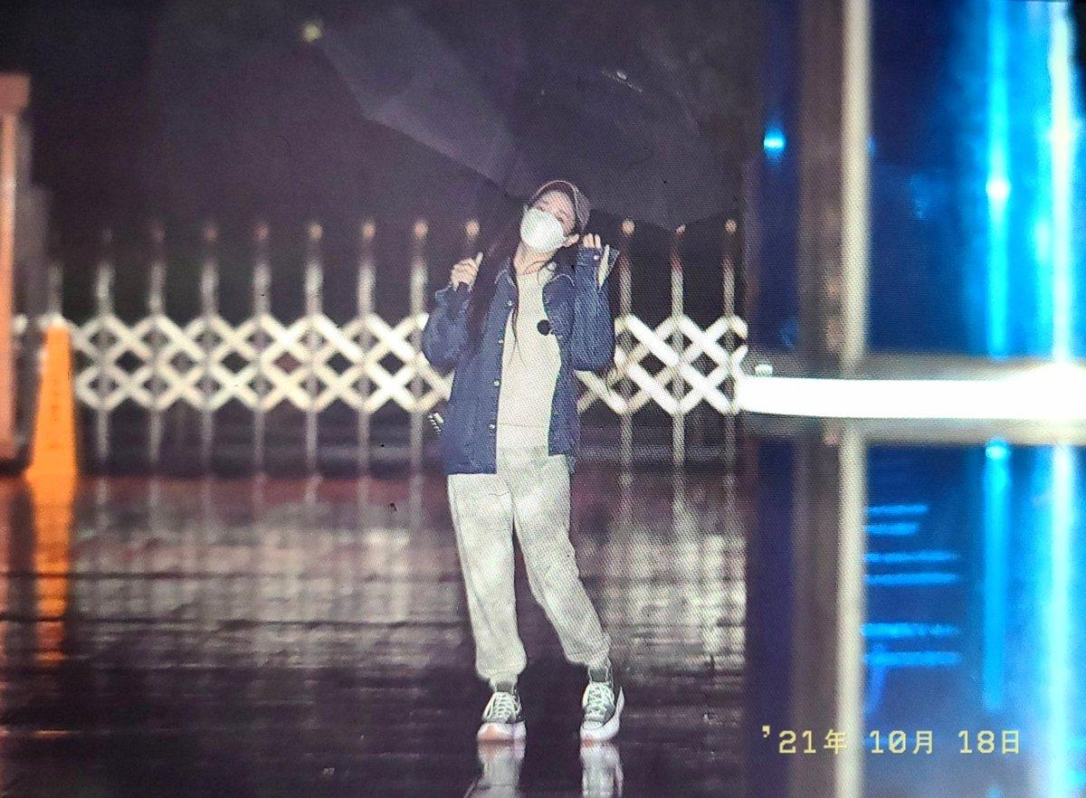RT @ysteaa: 211018 배텐 퇴근 프리뷰 #러블리즈 #Lovelyz  #지애 #유지애 #Jiae #ジエ  @Official_LVLZ  비가와도👼...