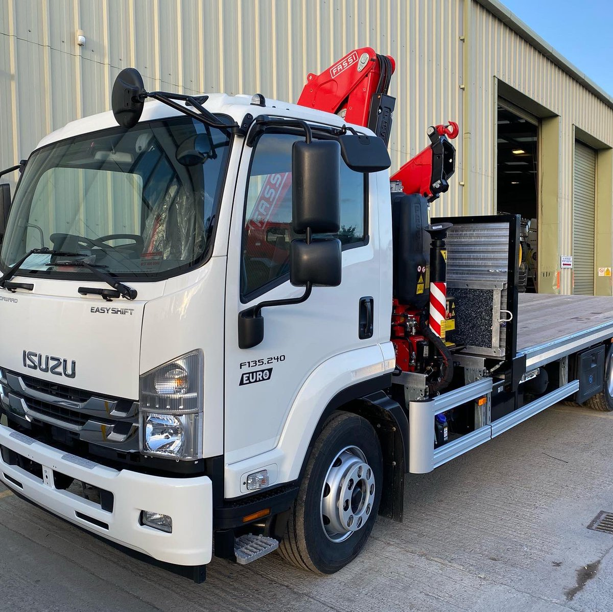 test Twitter Media - 13t Isuzu chassis with Fassi F115 crane & platform body for Joe Vertigan of Woodworks Timber Leeds. Joe needed an additional crane vehicle & has been a pleasure to work with. Chassis supplied by Adrain Gill @jdstrucks and crane by Oliver Hallas of Central Crane Technicians. https://t.co/9PzjV1HNYY
