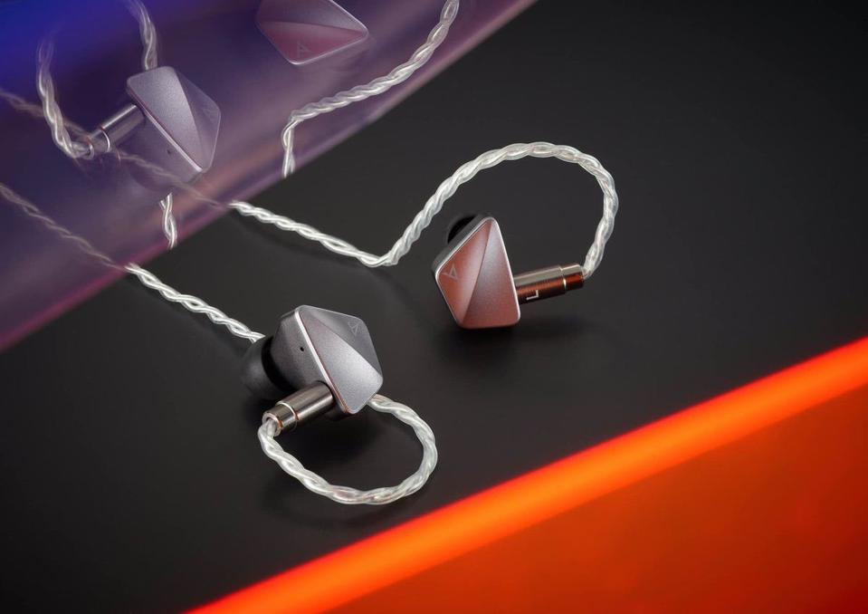 Astell&Kern's Latest Earphones Have Three Different Types Of Drivers For A Better Sound