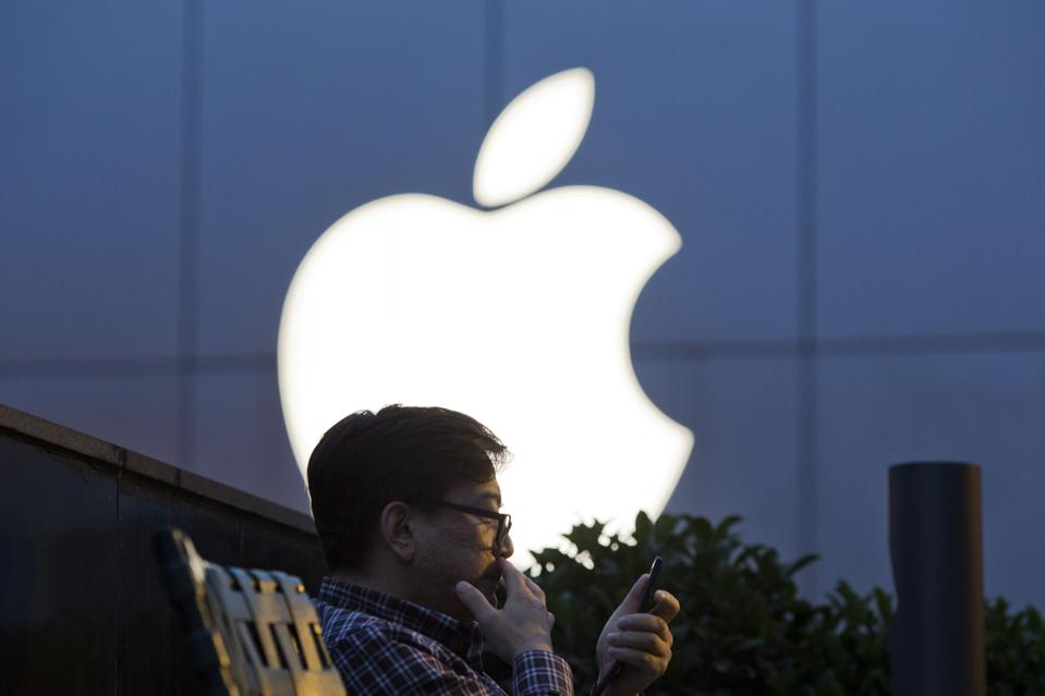 China Shows Why Apple Needs Sideloading