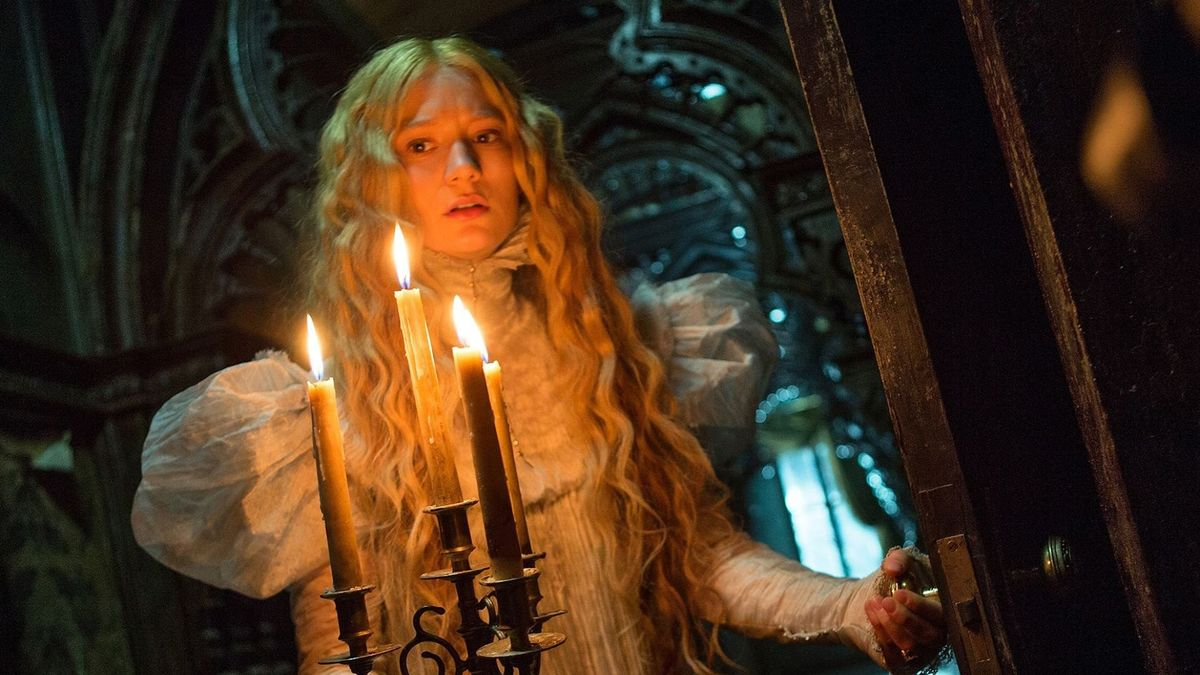 Crimson Peak, co-written (with Matthew Robbins) and directed by Guillermo del Toro and starring Mia Wasikowska, Jessica Chastain, Tom Hiddleston, Charlie Hunnam, Jim Beaver, Burn Gorman, Leslie Hope, Doug Jones and Javier Botet, was released on this day in 2015 (USA) 🎬