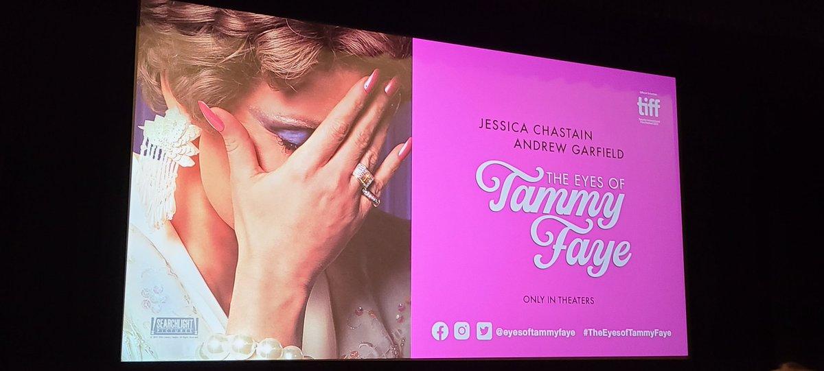 Outstanding performances in #TheEyesofTammyFaye especially @jes_chastain  #Oscars2022