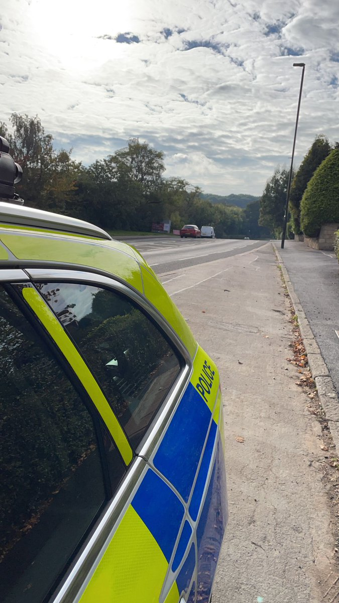 Speed checks on London Road, Derby, Storrs Road, Chesterfield and Whitecotes Lane, Chesterfield. Doing these checks 'in person' rather than via camera invariably brings up other issues. The driver of the van had no licence. #Seized #Fatal4