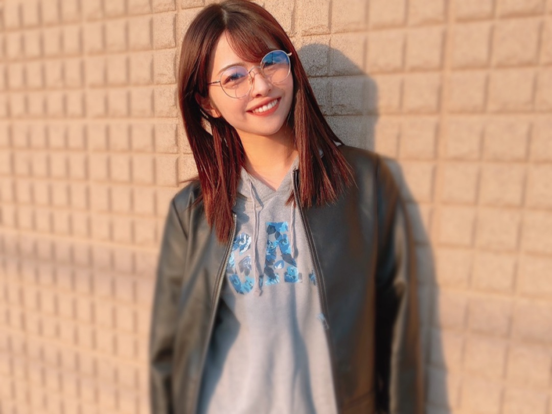【Blog更新】 ♪.愛を感じました!メガネ朋子!贅沢! 金澤朋子:…  #juicejuice #ジュースジュース #ハロプロ
