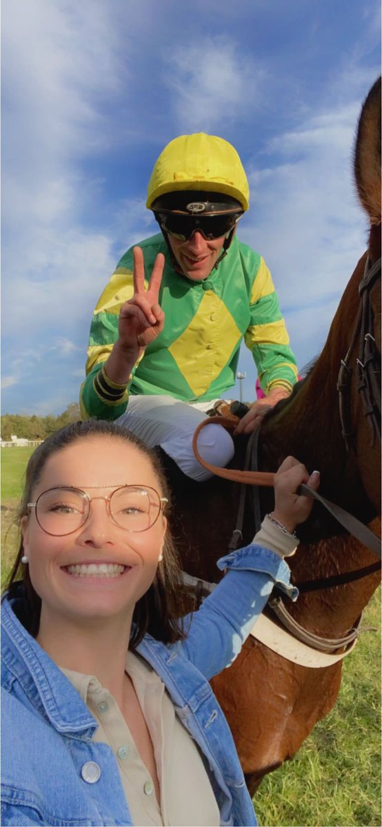 ✨Amazing First Start in competition for the @gelliott_racing champion DELTA WORK's brother, 𝐼𝑁𝑁𝐸𝑆𝑇𝑂𝑁 (Doctor Dino) , who won easily today at Le Mans under the training of @GabrielLeenders and colors of breeders/owners, the Magnien Family !  Congratulations to all !🏆