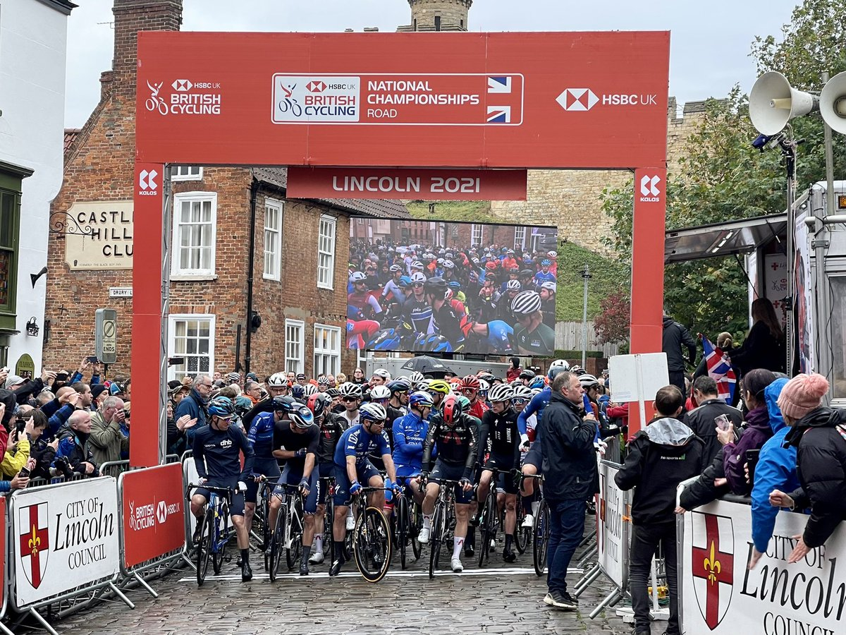 test Twitter Media - The @BritishCycling #NatRoadChamps race is in its fourth day in #lincolncity. South Yorkshire's reigning champ @swiftybswift and @MarkCavendish are taking part with a host of other riders, tune into @itvcalendar to watch @JonnyBrownYorks report https://t.co/CZSqfnEFXg