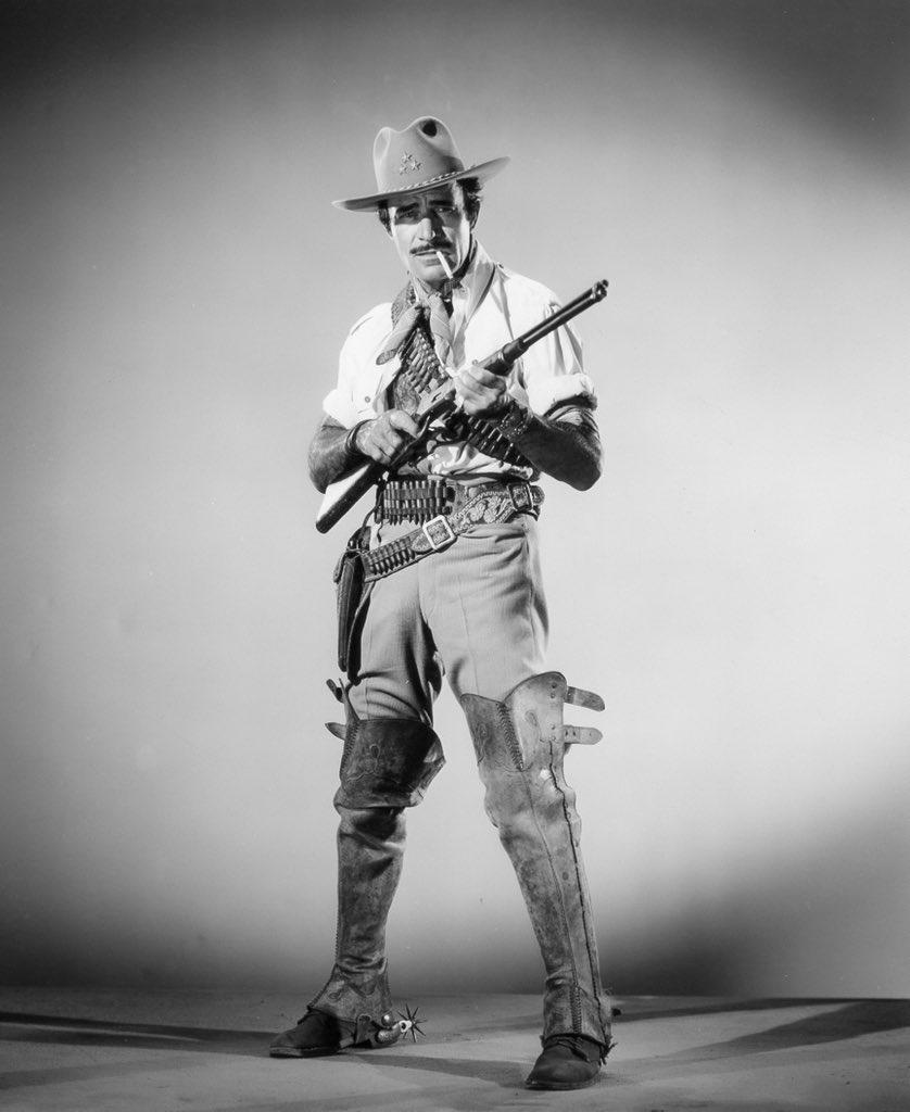 RT @cjubarrington: Gilbert Roland in a publicity photo for The Treasure of Pancho Villa (1955) https://t.co/TEnrcQSMIq