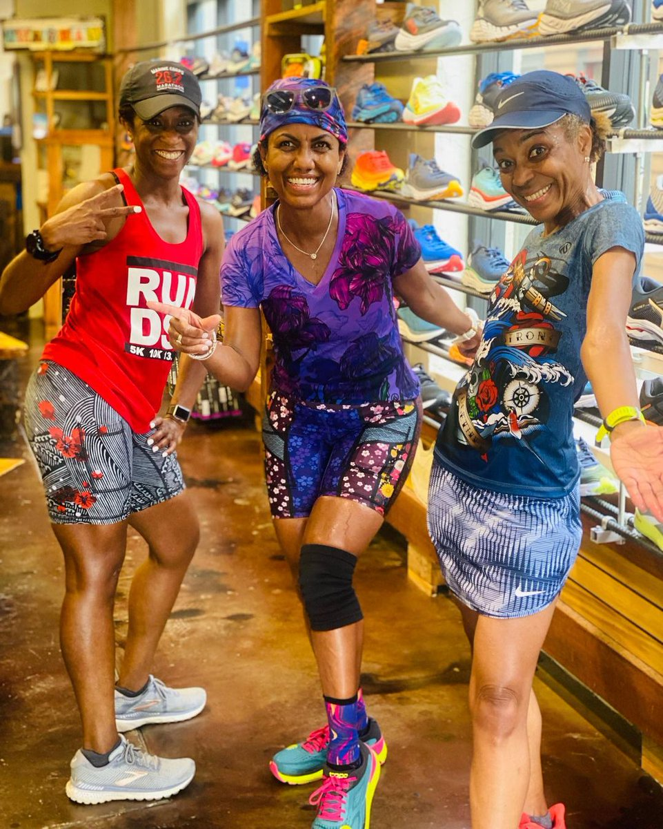 #ThatFeelingWhen you find just the right shoe. 💯Stop by @BreakawayRuns for advice from the best on your next running sneaker. 📷: TichinaH