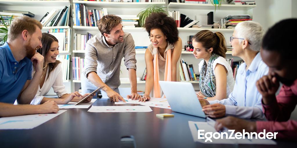 """CEO'lar, önümüzdeki 10 yıl için ortak bir amaç doğrultusunda hareket eden şirketlerin ve """"insan merkezli"""" bir liderlik modelinin hayalini kuruyor. İncelemek için: bit.ly/3zJVbQ9 #EgonZehnder #CEO #ItStartswithCEO"""