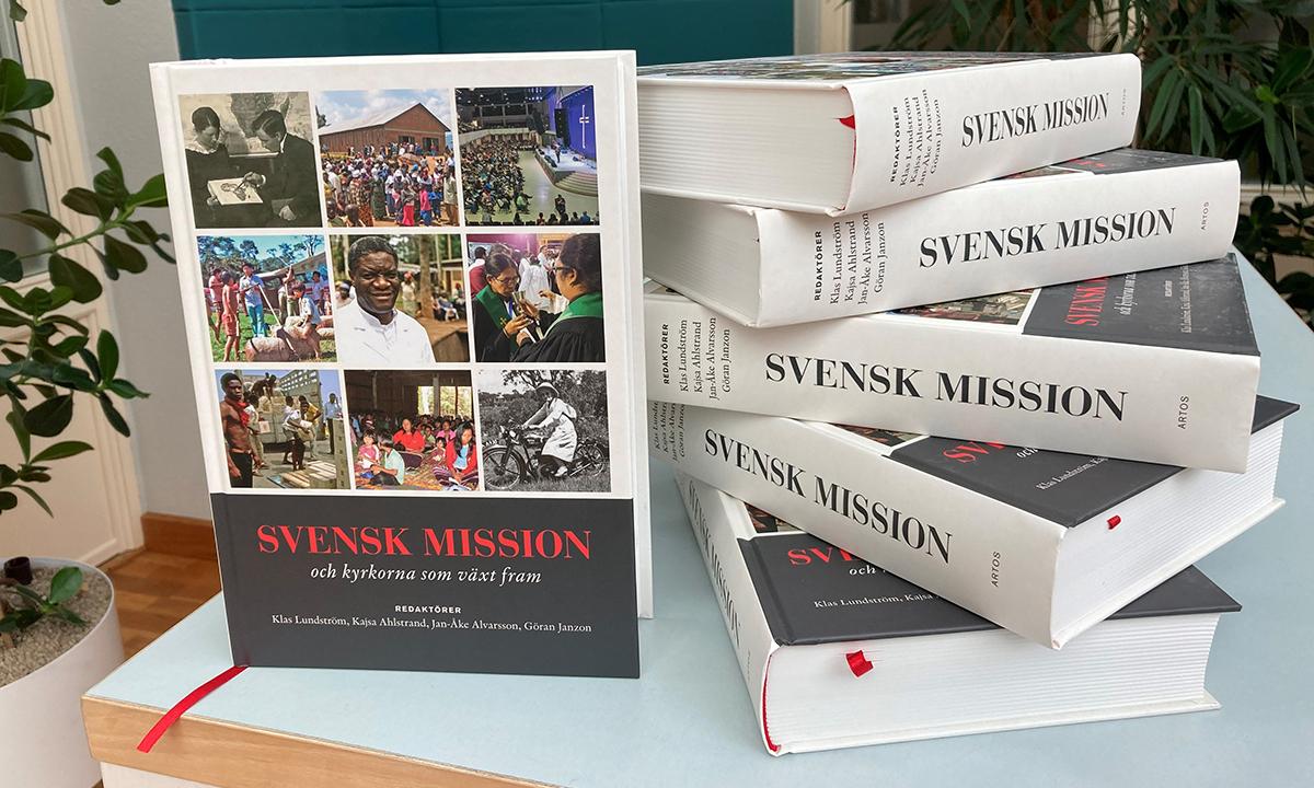 Vad är skillnaden mellan svensk #mission och Guds mission? Följ lanseringen av 1,4 kg svensk missionshistoria: Svensk mission och kyrkorna som växt fram. https://t.co/q7tvnrm8Lt @PMUSweden @DiakoniaSverige @Act_Svk @Johannelundsths https://t.co/ULTbUA4hk9