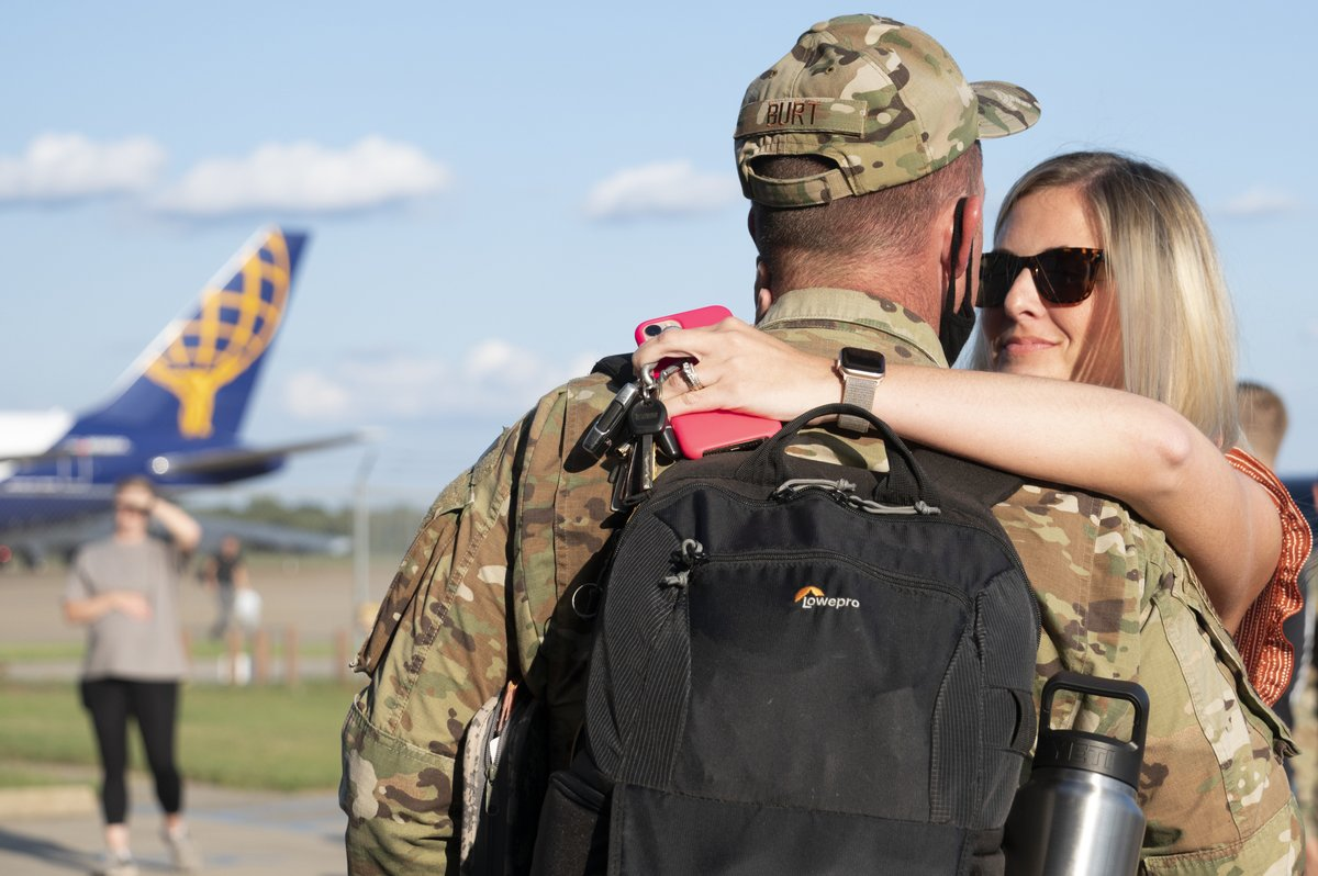 Welcome Home! 🎉 🎊 🏠 #ReserveCitizenAirmen from @307BombWing returned home from deployment this week! They deployed with B-52 Stratofortresses and support equipment to the Indo-Pacific region in support of @PACAF's Bomber Task Force. #ReserveReady