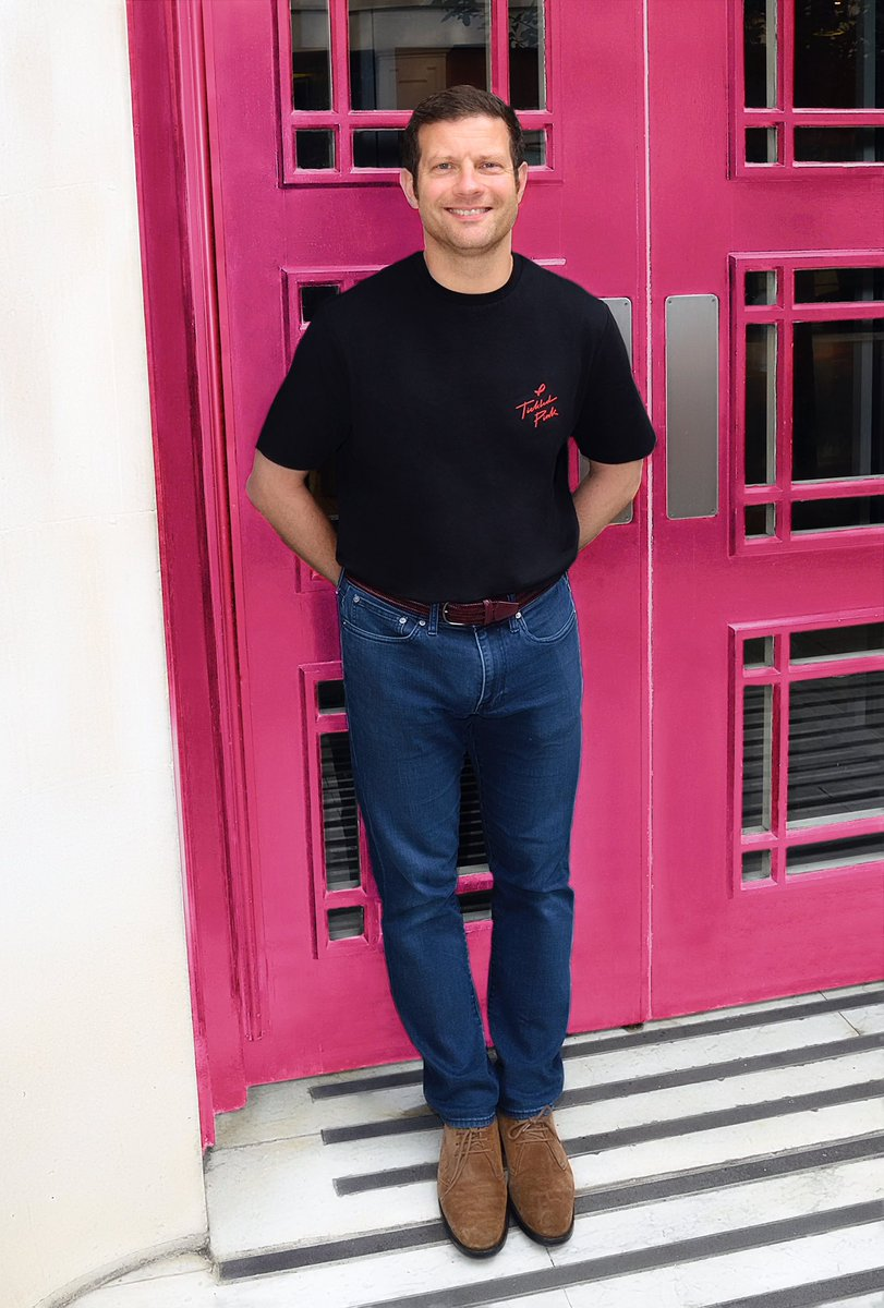 I'm really pleased to be supporting the #asdaTickledPink 25th anniversary campaign this year supporting @breastcancernow and @coppafeelpeople it's a cause very close to my heart and I'm proudly wearing my @asda Tickled Pink t-shirt in support.