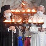 Image for the Tweet beginning: 📺El Papa Francisco participa en