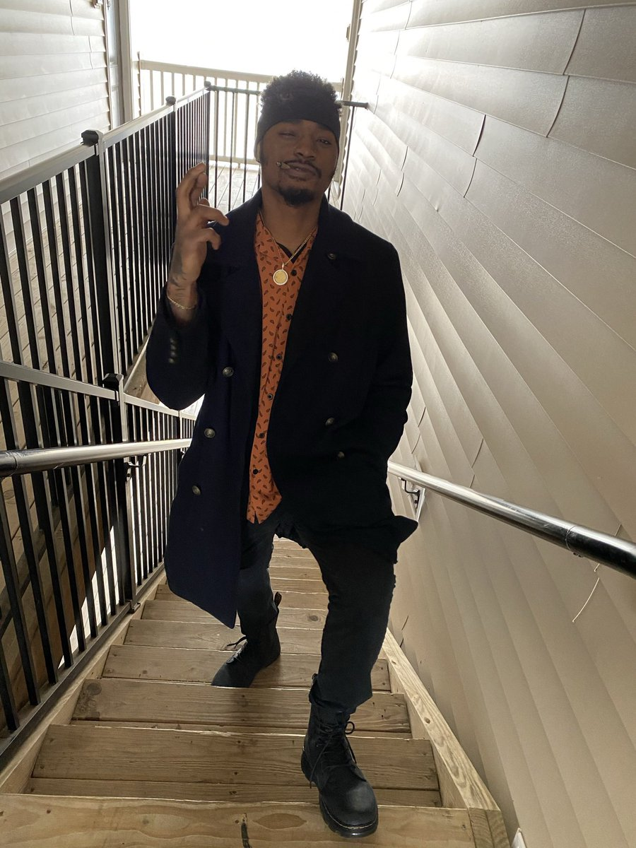 Black Gojo #blacknerd #BlackCosplayer #GojoSatoru #afropunk #animecosplay #KamiSmoke #blackfashion #fashion #streetwear #BlackOwned #smallbusinessowners #GodsBringBlessings