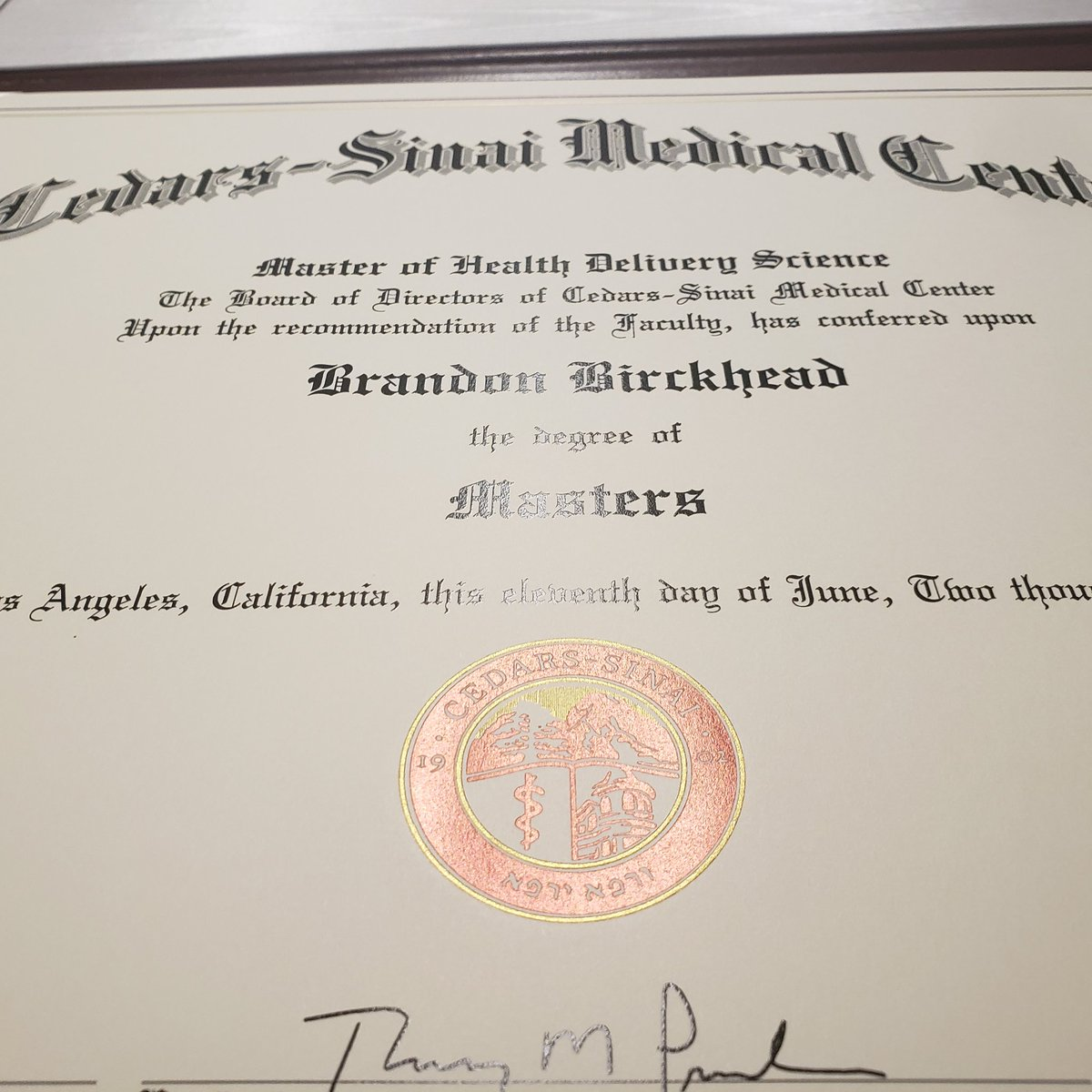 Love seeing our #CedarsSinai grad students get their diplomas! It's the result of years of grind, grit, and perseverance. Interested to join the next cohort in our MS in Health Delivery Science program? More info here; https://t.co/9KR3lyHv4J. Congrats @bjbirckhead!