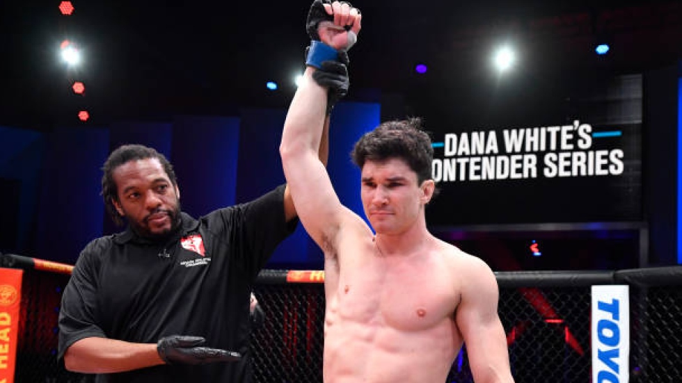 Canadian Mike Malott regained hunger before achieving success on Dana White's Contender Series. 📰: tsn.ca/1.1703684 📽️: 1-on-1 w/ @aaronbronsteter - tsn.ca/UFC/video/cana…