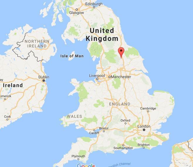 اماندا ستافيلي من ريبن في شمال يوركشاير، 48 عام، اشتهرت في المملكة المتحدة والشرق الاوسط على انها وسيط صفقات بإمتياز ولقد وصفها البريطانيون بأنها اكثر 'ممول يملك بريقاً' حيث بدأت اعمالها بسن الـ18 فقط.