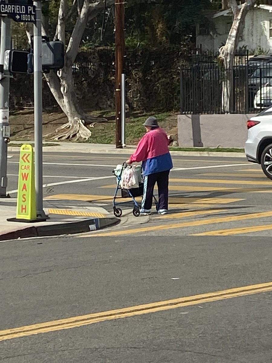 I saw this lady crossing the street, and her clothes kinda looks like the bi flag 💗💜💙