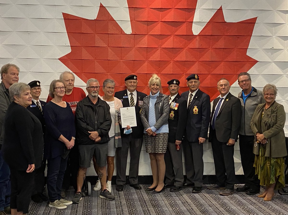 test Twitter Media - Thank-you Minister Cox for joining us in Selkirk today to announce $10,000 in provincial funding for the Dufferin Gang WW2 Memorial to be located at the Selkirk Legion.   @cathycox @cityofselkirk @RMofstandrews https://t.co/F1hz4nn5vi