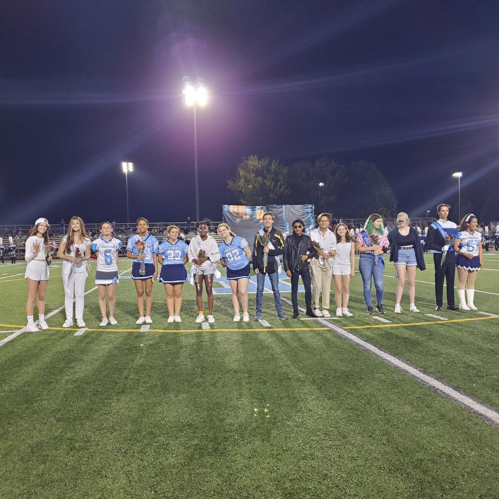 YHS Homecoming Court <a target='_blank' href='http://twitter.com/YorktownHS'>@YorktownHS</a> <a target='_blank' href='http://twitter.com/Principal_YHS'>@Principal_YHS</a> <a target='_blank' href='http://twitter.com/YorktownYB'>@YorktownYB</a> <a target='_blank' href='http://twitter.com/APSVirginia'>@APSVirginia</a> <a target='_blank' href='http://twitter.com/YorktownSentry'>@YorktownSentry</a> <a target='_blank' href='http://twitter.com/yhssports'>@yhssports</a> <a target='_blank' href='https://t.co/xbTQTbd34W'>https://t.co/xbTQTbd34W</a>