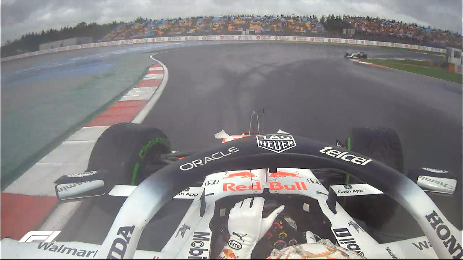 Obrót Maxa Verstappena podczas 3. treningu przed Grand Prix Turcji