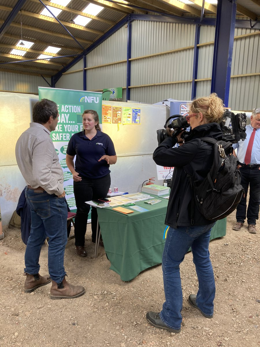 So many stands here including Harriet from @NFULNR who has been talking to local officers as well as farmers. Partnership working at its best!
