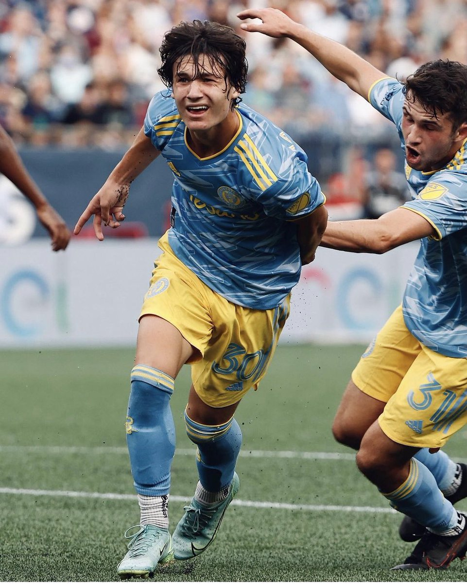 🇺🇸 Paxten Aaronson (18) was looking every bit the prospect v. FC Cincinnati: ☑️ 90 minutes ⚽️ 1 goal 🔑 3 key passes 💪 6 ball recoveries ↩️ 3 crosses 🦶 37 touches 🙌 2-1 away win Another impressive Aaronson. Another future @PhilaUnion star. 🌟