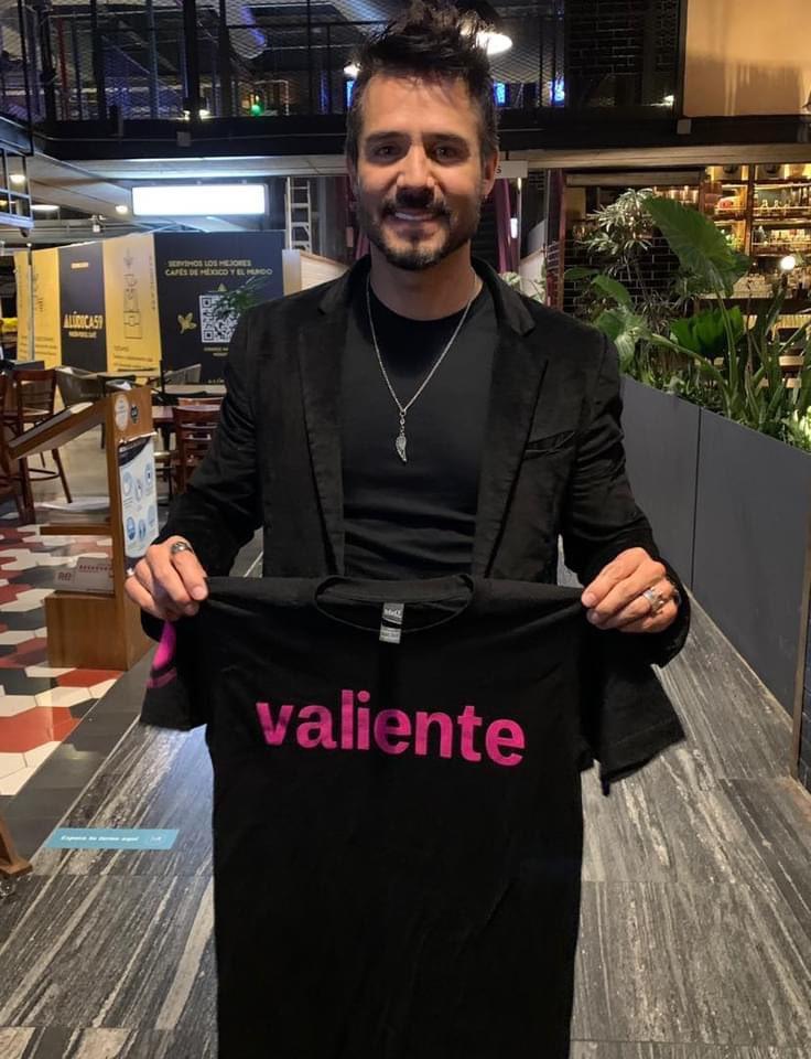 Esta playera está reuniendo dinero para comprar mucha medicina para los niños con cáncer !! @JoseRon3 Pídela para que te llegue a tu casa desde cualquier parte de 🇲🇽 canastarosa.com/stores/nariz-r…