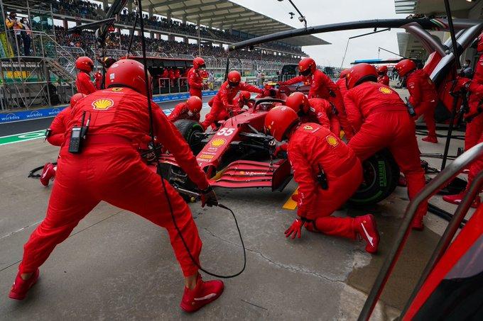 Qué pasó con Ferrari en el Pit Stop de Carlos Sainz en Turquia