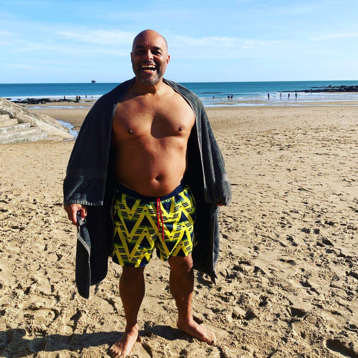 RT @ShovDrumWarrior: Sunday swim in the North Sea GRATEFUL!! 1LOVE 🙏🏾♥️🙏🏾 https://t.co/Z7MZCzcEw9