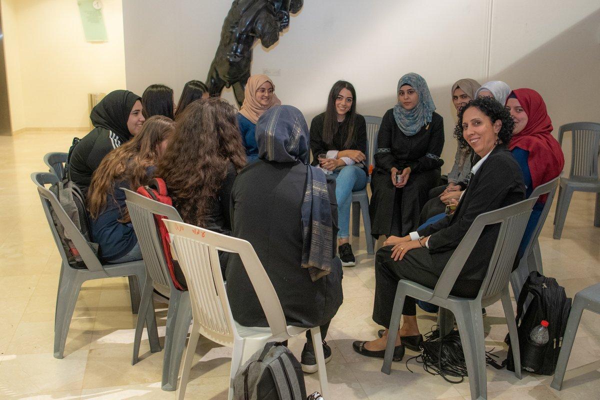 انطلاق الدراسة الجامعية في اسرائيل بمشاركة 350 الف عربا ويهودا مع نسبة الطالبات